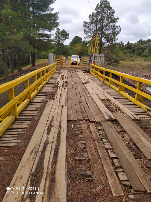Ponte da barragem da represa de Volta Grande é interditada